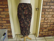 Liz Davenport Stunning Floral Pleated Skirt with a touch of Bling sz 8