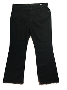 Old Navy Mid Rise Flare Ankle Pants. Size 10 Petite