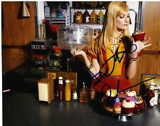 Beth Behrs ++ Autogramm ++ 2 Broke Girls ++ American Pie ++ Castle