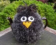 Hand Knitted Blackbird Tea Cosy – for medium (4-6 cup) teapot