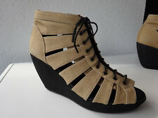 VAGABOND Damen Plateau Keilabsatz Schuhe Sandaletten Textil Sand Gr.36 Neuwertig