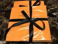 Authentic Veuve Clicquot Signature Yellow VCP Cocktail Napkins **Awesome** RARE