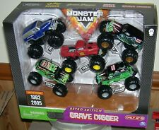 2019 SPIN MASTER RETRO EDITION GRAVE DIGGER 5 PACK MONSTER JAM TARGET EXCLUSIVE
