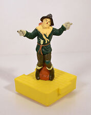 "1998 Scarecrow 4"" Blockbuster Video Figure & Interlocking Base Wizard Of Oz"