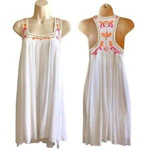 Lilly Pulitzer - Size M Crinkle Boho White Flare Sundress -Embroidered Neckline