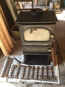 Dunsley Highlander 7 Multi Fuel/wood burning Stove With Integral Back Boiler