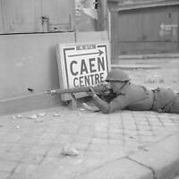 WWII B&W Photo British Soldier Enfield Rifle Caen France SMLE  WW2 Britain/ 1305