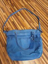 Designer-Handtasche Echtleder Vanessa Bruno Designed in Paris in blau