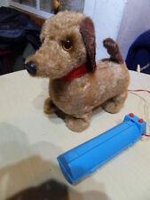 Jouet ancien Vintage Toys dog Automate electric chien filoguidé marche et aboie