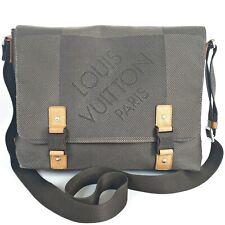 LOUIS VUITTON Damier GEANT Messenger Bag Cloth Canvas Leather Clasp Big LV Logo