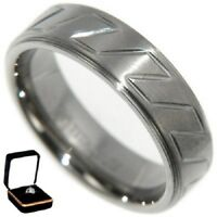7MM TITANIUM COMFORT FIT - RACING RING BAND w/VELVET RING BOX size 8,9,10,11,12,