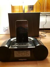 Apple iPod touch 4th Generation silver 8GB A1367 w/Nexxtech base see descript...