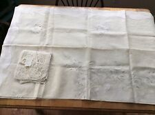 Vintage NEW MINT Madeira Hand Embroidered Tablecloth Organdy & Linen +12 Napkins