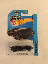 THE BATMAN BATMOBILE HW City - 2013 Hot Wheels Die Cast Car - Mint on Card