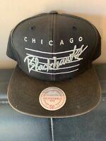 Mens Mitchell Ness Chicago Blackhawks NHL Vintage Snapback All Black -Rare