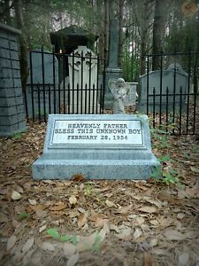 Evil Soul Studios Bless This Unknown Boy Tombstone Cemetery Halloween Prop