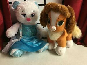 2 BUILD A BEAR DISNEY PRINCESS ELSA FROZEN & TEACUP PALACE PETS FROM BEAUTY