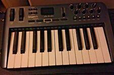 M- AUDIO OXYGEN 25 3RD GENERATION MIDI USB CONTROLLER KEYBOARD GOOD CONDITION