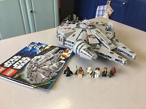 LEGO 7965 Millenium Falcon 100% Complete, Instructions & Mini Figures. No Box.