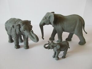 BRITAINS HERALD Plastic Zoo & Farm Animals: AFRICAN INDIAN & BABY ELEPHANT