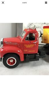 FIRST GEAR MACK 1960 MODEL B-61 WITH TANK TRAILER 19-1914 SHELL 1/34 Scale