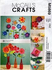 McCalls Sewing Pattern 5869 Dimensional Flowers Craft One Size