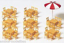 Preiser 17201 H0, Tische u. Stühle, 8 Tische, 48 Stühle, 1 Sonnenschirm, Bausatz