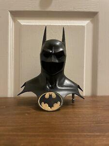 Batman Cowl statue 1989