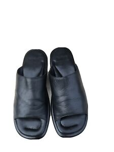 Hugo Boss Leather Black Sliders : Sandals Size 7