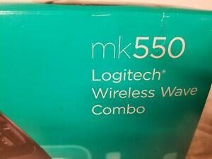 Logitech MK550 (920-002555) Wireless Keyboard and Mouse Combo -Black