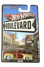 Hot Wheels Boulevard Real Riders Triumph Tr6 Purple Legends