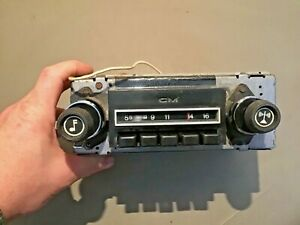 1976 GMC Van AM Radio Part# 9343061 / 61GVPBI Used Original Push Button 75 77