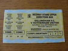 22/09/2001 BIGLIETTO: Gillingham V Rotherham United (Giallo/CIELO BIGLIETTO, 3 parti COM