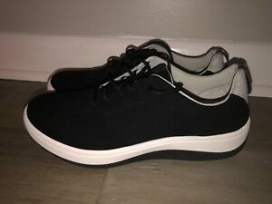 NEW Clarks Arla Step Casual Comfort Sneakers Shoes Women's Size 9M Black Suede