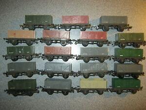 19 Triang OO Gauge R10/13 GW W1005 12 Ton Wagons
