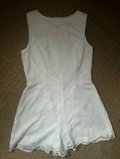 LOVELY LADIES RIVER ISLAND CREAM LACY LINED ALL IN ONE SHORTS PLAYSUIT SIZE 6