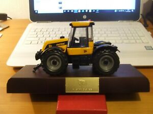 JCB 3185 Fastrac Specialist Collectors Edition by ERTL, 1:32 scale, BNIB