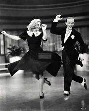 """FRED ASTAIRE AND GINGER ROGERS IN """"SWING TIME"""" - 8X10 PUBLICITY PHOTO (EP-080)"""