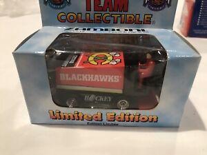 (1) Chicago Blackhawks mini zamboni 1998 NIB