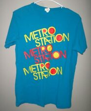 METRO STATION small T shirt Mason Musso beat-up tee Shake It pop-rock