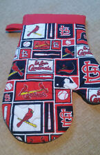 New listing St. Louis Cardinals Bbq - Kitchen Oven Mitts - Handmade -Unisex Heat Resistant