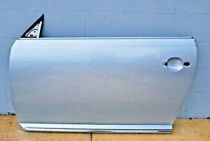 2012 - 2018 Volkswagen Beetle Front Left Exterior Door Panel Shell Cover OEM