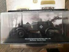 Voitures militaires 1 /43 2e Guerre Mondiale. KFZ.13 GERMANY 1940+LIVRET