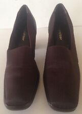 """Naturalizer Loafers Ladies size 7M Brown Fabric 2"""" Block heel PRETTY"""