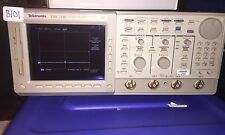 Tektronix TDS754C Digitizing Oscilloscope OPTION 13 1F 1M 2F