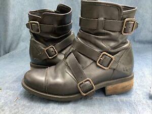 UGG Australia 1006037 Finney Women's 8 Moto Black Leather Motorcycle Boots