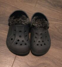 Crocs Toddler Boys Euc Black Fur Lined Shoes Size 6/7