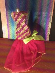 Barbie A Perfact Christmas Doll's Dress Glitter 2011