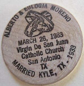 1983 ALBERTO EULOGIA MORENO CATHOLIC CHURCH TX WOODEN TOKEN (K1578)