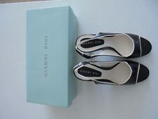 Vintage Navy Blue/Ivory Trim Gianni Bini 8.5M Leather Shoes - Nwb